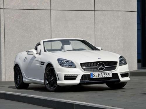 2012-Mercedes-Benz-SLK-55-AMG-White-Picture-500x375