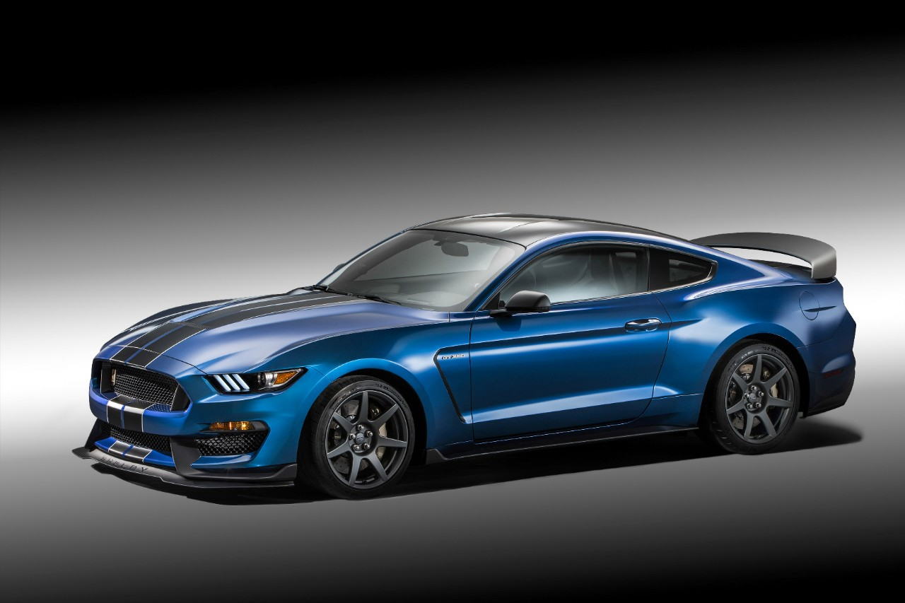 Shelby-GT-350R-1
