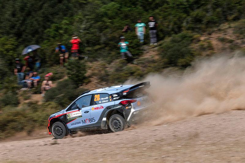Neuville WRC Italia 2016 sabado