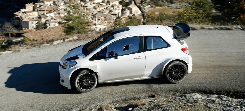 Toyota-Yaris-WRC-R5-TMG-Temporada-2015_1440x655c