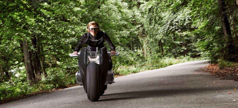 p90238697_highres_bmw-motorrad-vision-_1440x655c