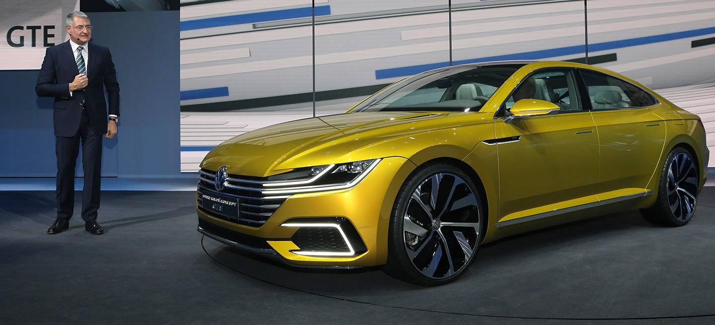 volkswagen-arteon-sport-coupe-concept-11_1440x655c