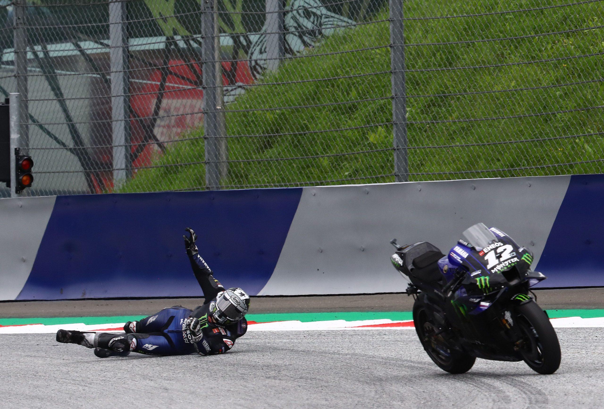 Viñales se queda sin frenos y se tira; Oliveira gana - Puro Motor