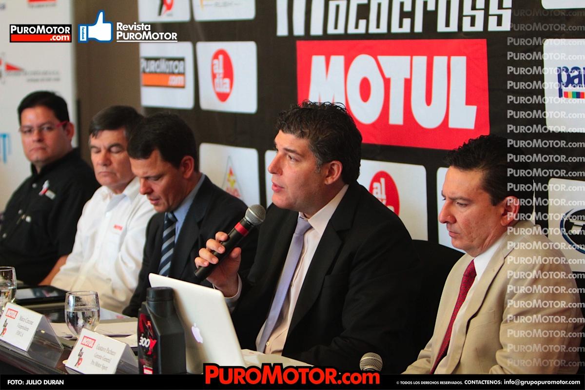 Conferencia_de_Prensa_SuperCross_La_olla_2013_0010