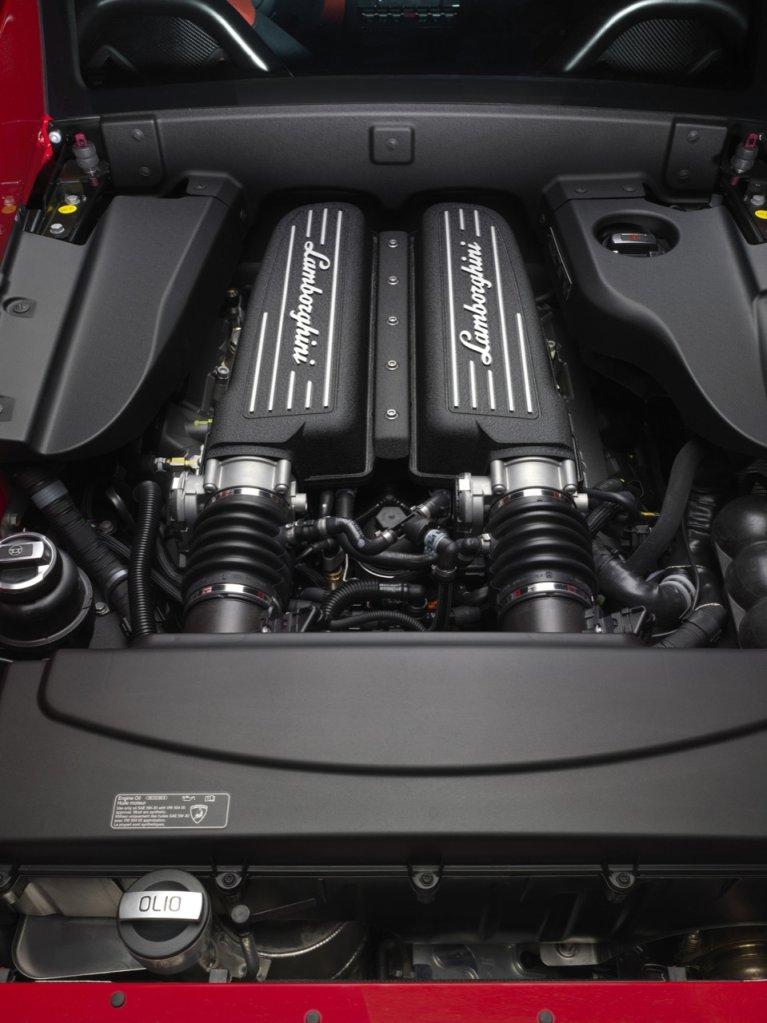 Lamborghini_Gallardo_LP_570-4_Super_Trofeo_Stradale-13-767x1024
