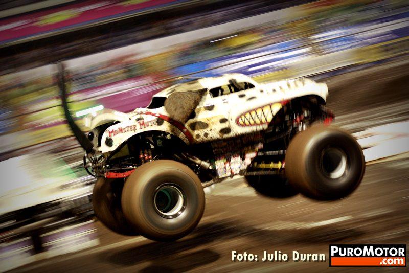 Monter_Jam_2011_Viernes__Monster_Viernes_047-046