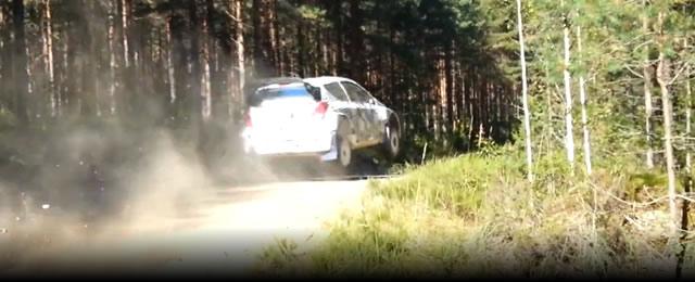 Video_Hyundai_i20_WRC_en_Finlandia