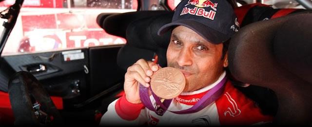 WRC_Al__Attiyah_muestra_demdalla_olimpica