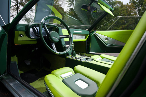 interior-bmw-bertone-spicup